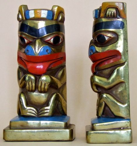 Photo of Marion Bronze Bear Totem Bookends