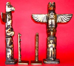 Photo of Tall and Short Totem Pole Bookends