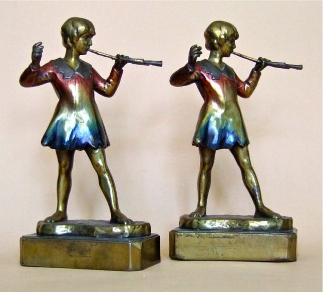 Photo of Peter Pan Bookends