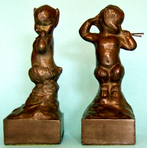 Photo of Pan Bookends